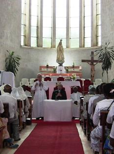 Ocasión para la inauguración de una capilla dedicada a los beatos de Fátima en Angola
