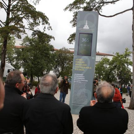 Shrine of Fatima inaugurates the timer of Centennial