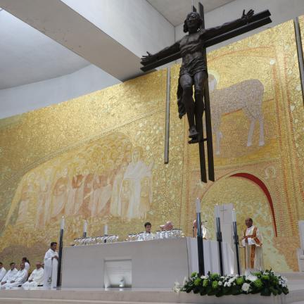Bispo da Guarda apela à solidariedade para com as vítimas do terramoto e da guerra