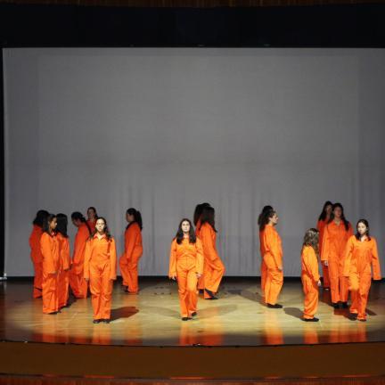 «Nós não vamos assistir a um espetáculo. Vocês são o espetáculo», afirmou o reitor o Santuário de Fátima