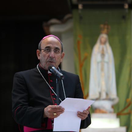 """Bispo de Leiria-Fátima envia mensagem ao Papa: """"Queremos acolhê-lo em 2017 e acender com ele as velas da nossa fé"""""""