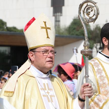 Arzobispo de Moscú recuerda persecuciones contra cristianos en el siglo XX y recuerda vulnerabilidad de una sociedad sin Dios