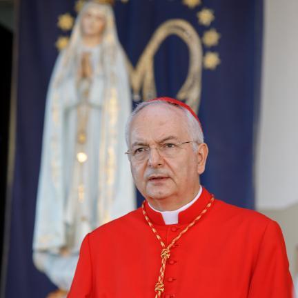 Inicio de la peregrinación de septiembre fue marcada por oración por las víctimas de los incendios, por los refugiados y por los cristianos perseguidos