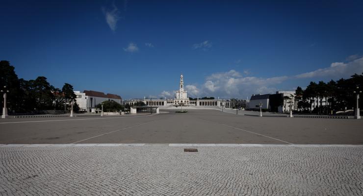 Reitor convida peregrinos a virem ao Santuário de Fátima