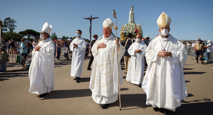Arcebispo do Luxemburgo desafia migrantes a usar a sua fé para devolver Deus à Europa