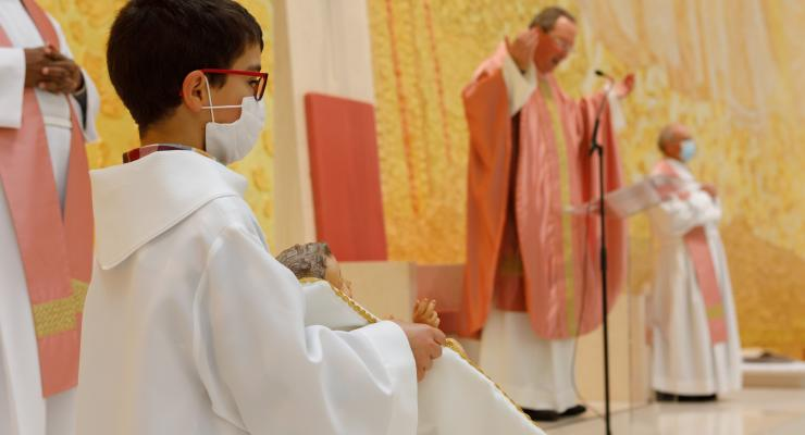 """""""É isto que nos falta tantas vezes, a alegria de sermos cristãos e o testemunho dessa alegria"""", alertou o reitor do Santuário de Fátima"""