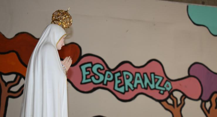 Imagem da Virgem Peregrina de Fátima leva esperança em tempos de pandemia