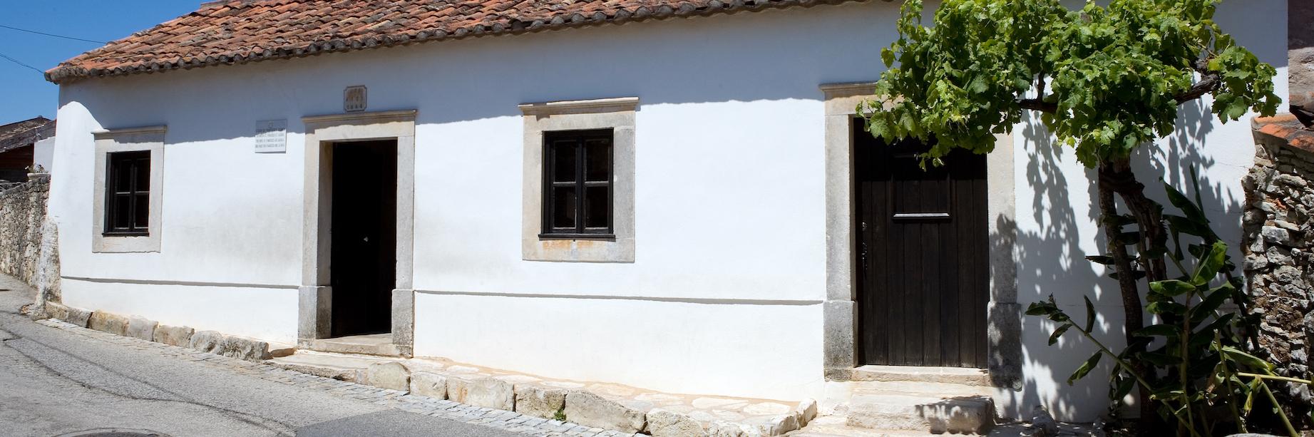 Casa do Francisco e da Jacinta.jpg