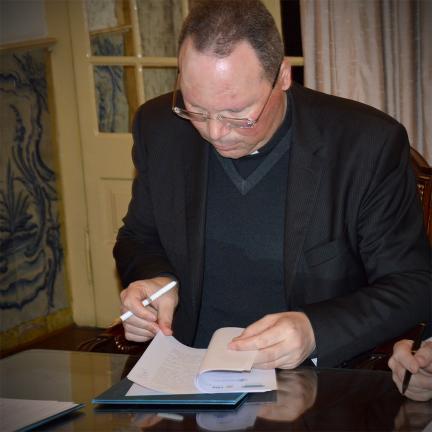 Kooperationsabkommen schafft Forschungsbüro über die Ereignisse von Fatima