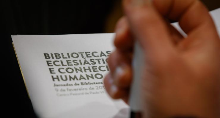 """Jornadas de Biblioteca refletem sobre """"ferramenta para conhecer Deus, o ser humano e o mundo"""""""