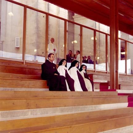 Provincial Carmelita, Irmã Lúcia e Madre Superiora em Fátima