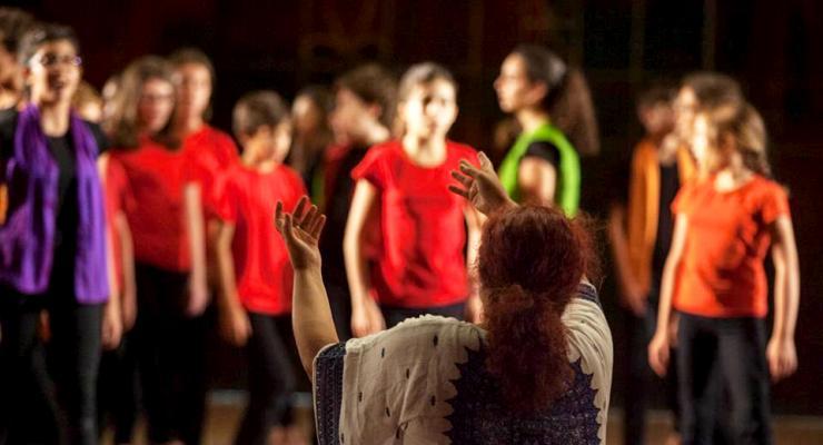 """Schola Cantorum e Coro Infantil da Universidade de Lisboa apresentam concerto """"Do Movimento Brota a Música"""""""