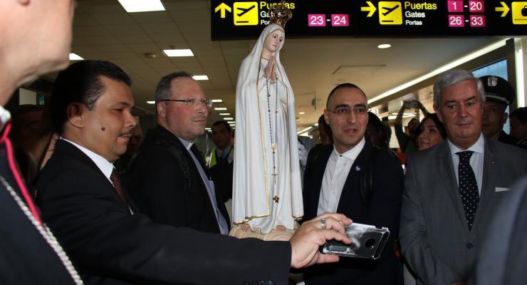 Imagem nº 1 da Virgem Peregrina de Fátima recebida em festa no Panamá