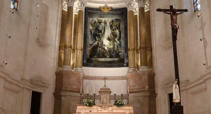 Santuário de Fátima começa a transmitir cinco celebrações diárias através dos meios digitais no sábado, dia 23