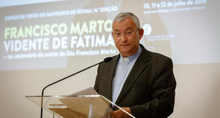 """D. António Moiteiro Ramos considera que """"há um problema grave de ignorância religiosa"""""""