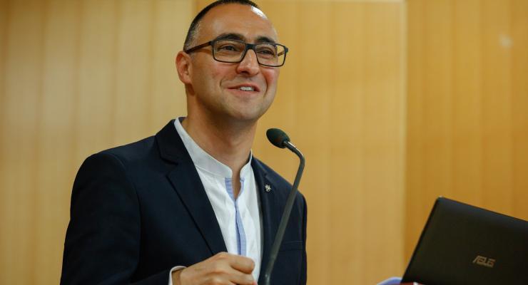"""""""Os Papas ao virem a Fátima deixam transfigurar o seu olhar"""", considera Marco Daniel Duarte"""
