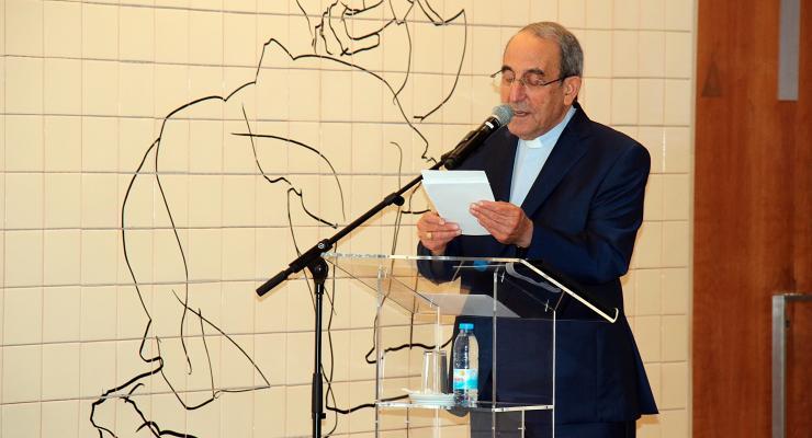 Cardeal D. António Marto conduziu primeira visita temática à exposição temporária Vestida de Branco