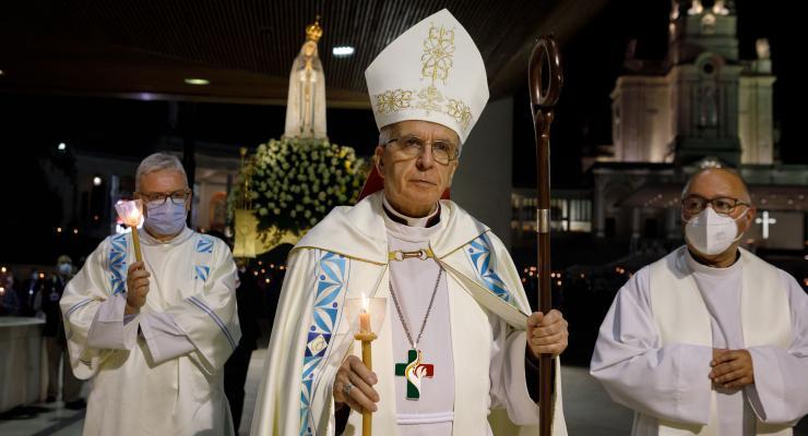 """Peregrinos de Fátima convidados a consagrarem-se ao Imaculado Coração de Maria que """"detém o mal"""" e """"transforma consciências"""""""