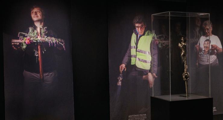 """Peregrinos de Fátima são o tema da terceira visita temática à exposição """"Rostos de Fátima"""""""