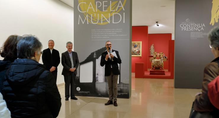 Primeira visita temática à exposição Capela-Múndi estabeleceu relação entre obra literária setecentista e a mensagem de Fátima