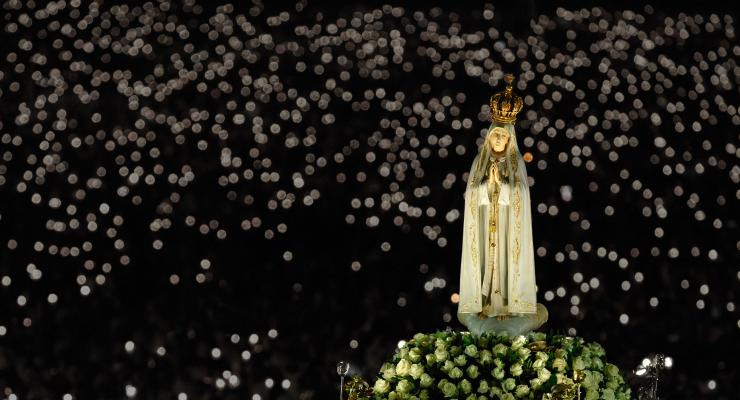 A Mantle of Light Arising from Fatima and Covering the World