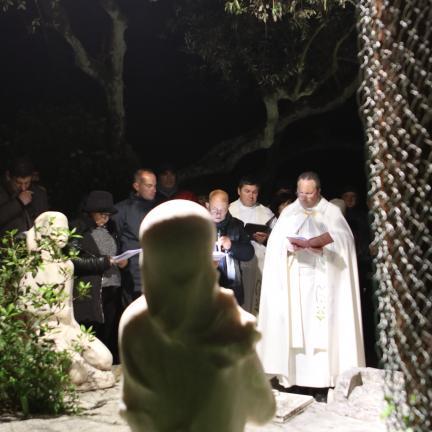 """Santuário de Fátima lembra os """"excluídos da sociedade"""" e as crianças """"vitimas da injustiça social"""" na evocação das aparições do Anjo"""