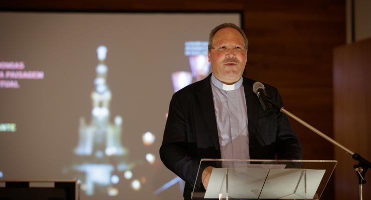 """As celebrações e as assembleias orantes """"são um dos rostos mais visíveis e icónicos"""" de Fátima, afirma padre Carlos Cabecinhas"""