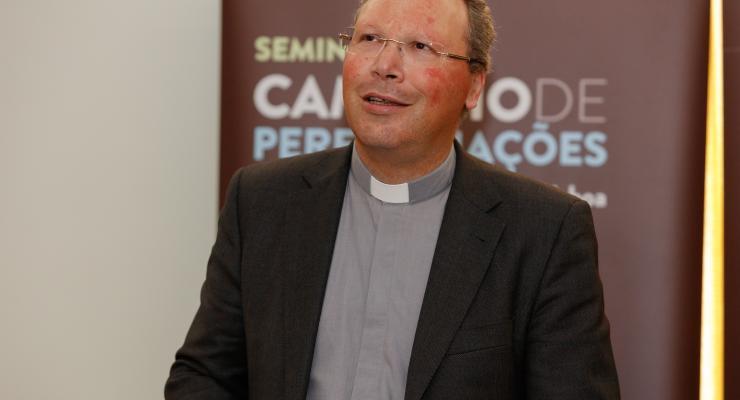 A peregrinação é sempre uma viagem por motivo religioso, afirma reitor do Santuário
