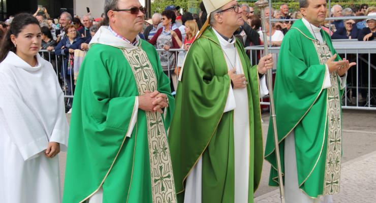 """O bispo de Lamego exortou os peregrinos de Fátima a """"esbanjarem"""" a alegria e a beleza do Evangelho"""