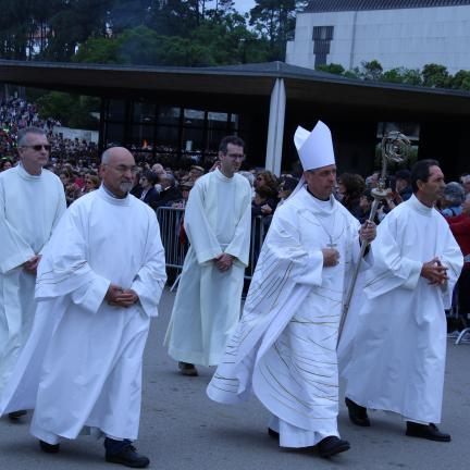 D. José Avelino Bettencourt preside à Missa dominical em Fátima antes de partir para a sua primeira missão como Núncio Apostólico da Santa Sé