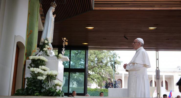 """Papa recuerda atentado contra San Juan Pablo II y """"protección materna"""" de Nuestra Señora de Fátima"""