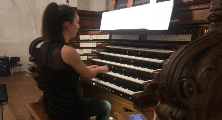 Liliana Duarte protagonizou o V Recital de órgão interpretando obras do pós-romantismo e da época contemporânea