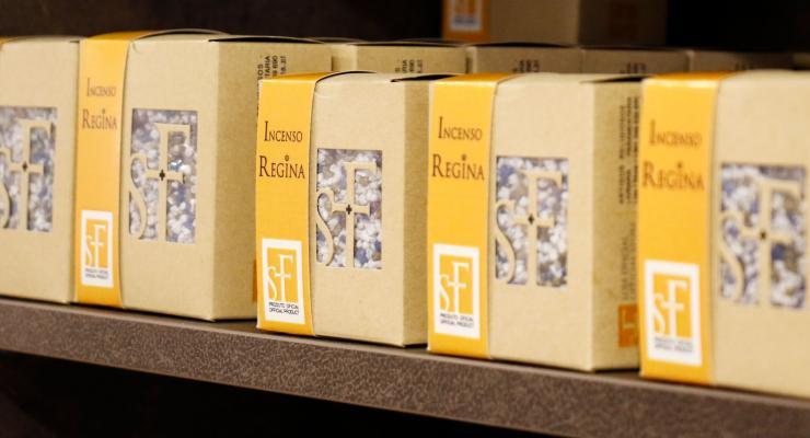 Santuário investe na criação de produtos oficiais com selo de qualidade