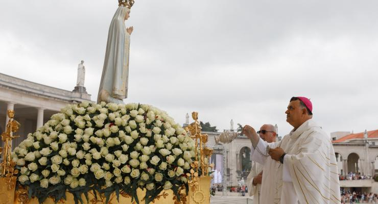 """Peregrinos de Fátima desafiados a serem """"instrumentos"""" do amor """"consolador"""" de Deus junto dos mais próximos"""