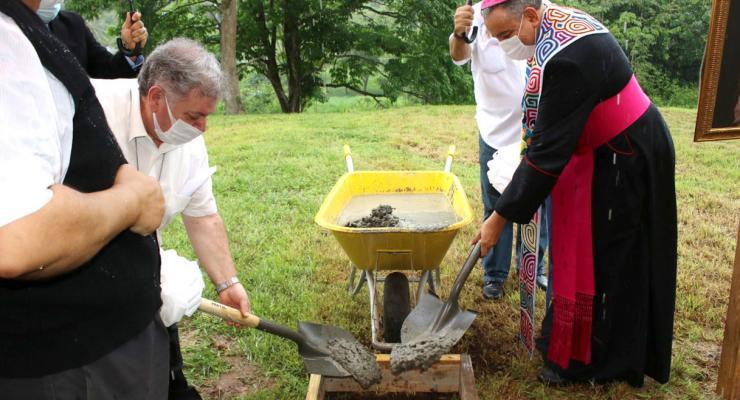 Panamá celebra primeira pedra da réplica da Capelinha das Aparições