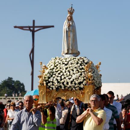 Mgr Jose Alves exhorte les pèlerins à être « des artisans de paix »