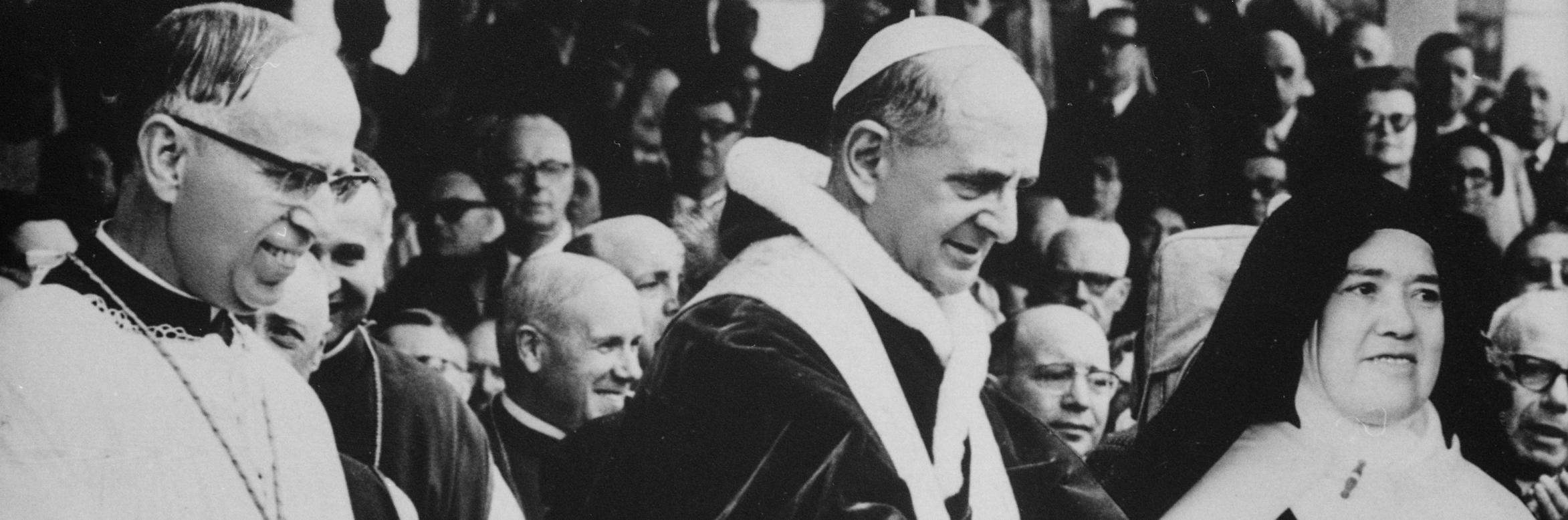 Paulo VI e Lucia.jpg