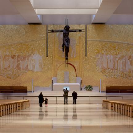 Recital de Ação de Graças de Andrea Bocelli encerra primeira Peregrinação Internacional pós centenário